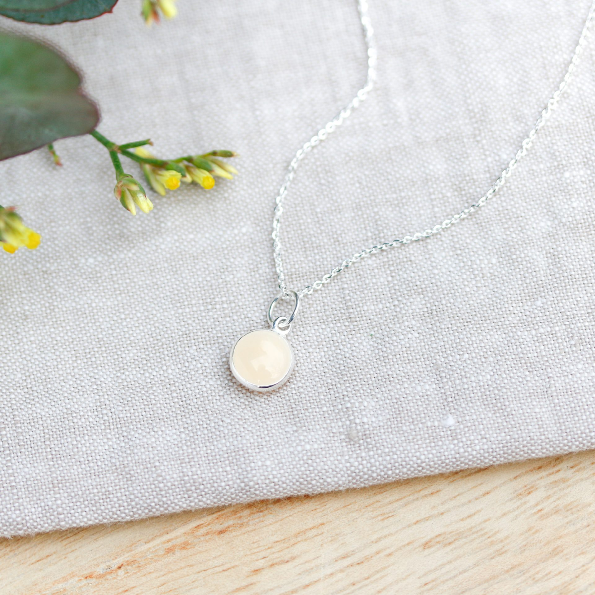 Muttermilchschmuck Schweiz Gold Halskette Gravur Plättchen Coin Muttermilch Schmuck Deutschland Silber Gold