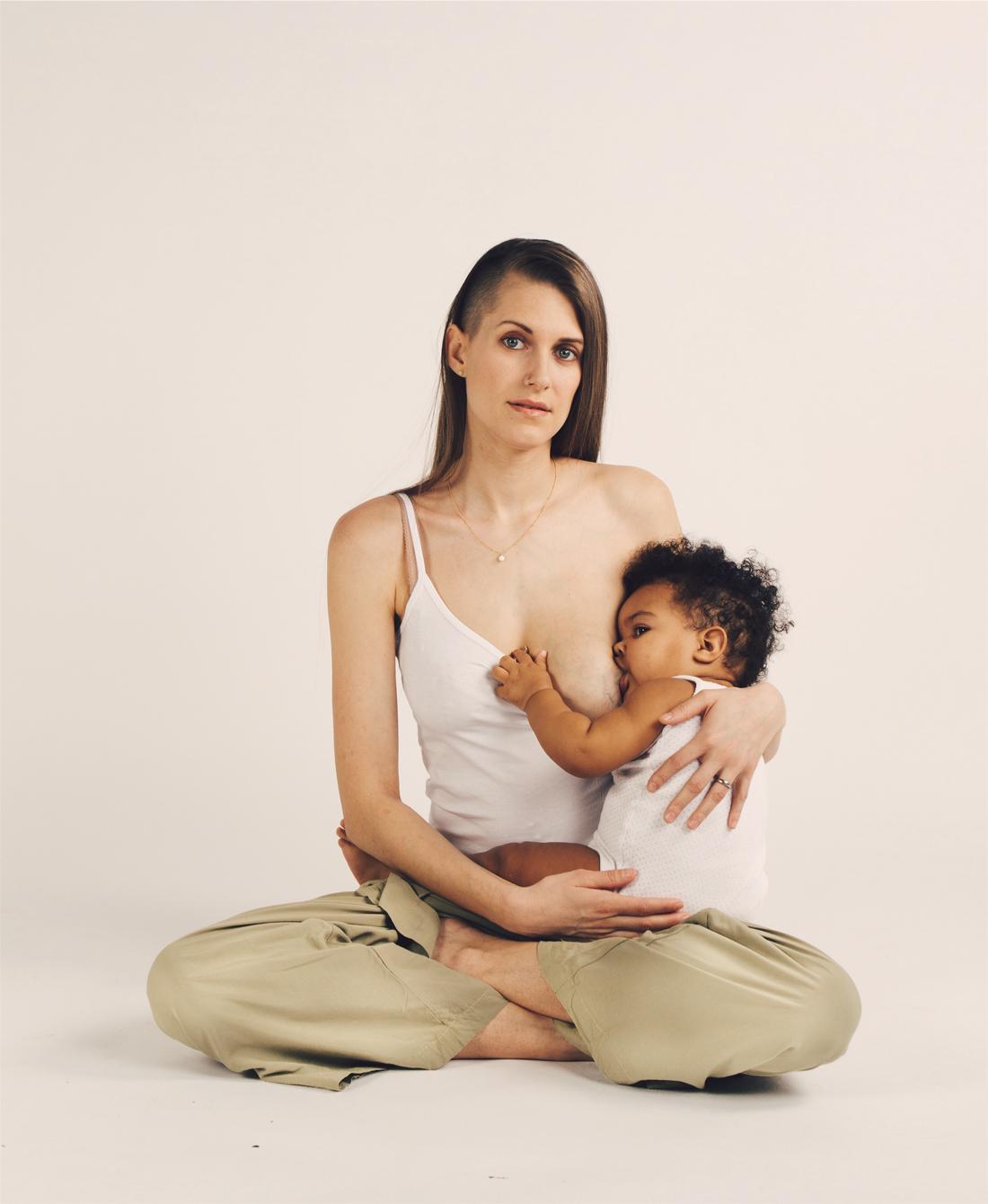 Stillen Mütter Erfahrungsbericht Stillen Schweiz Erfahrungen Muttermilch Stillende Mutter