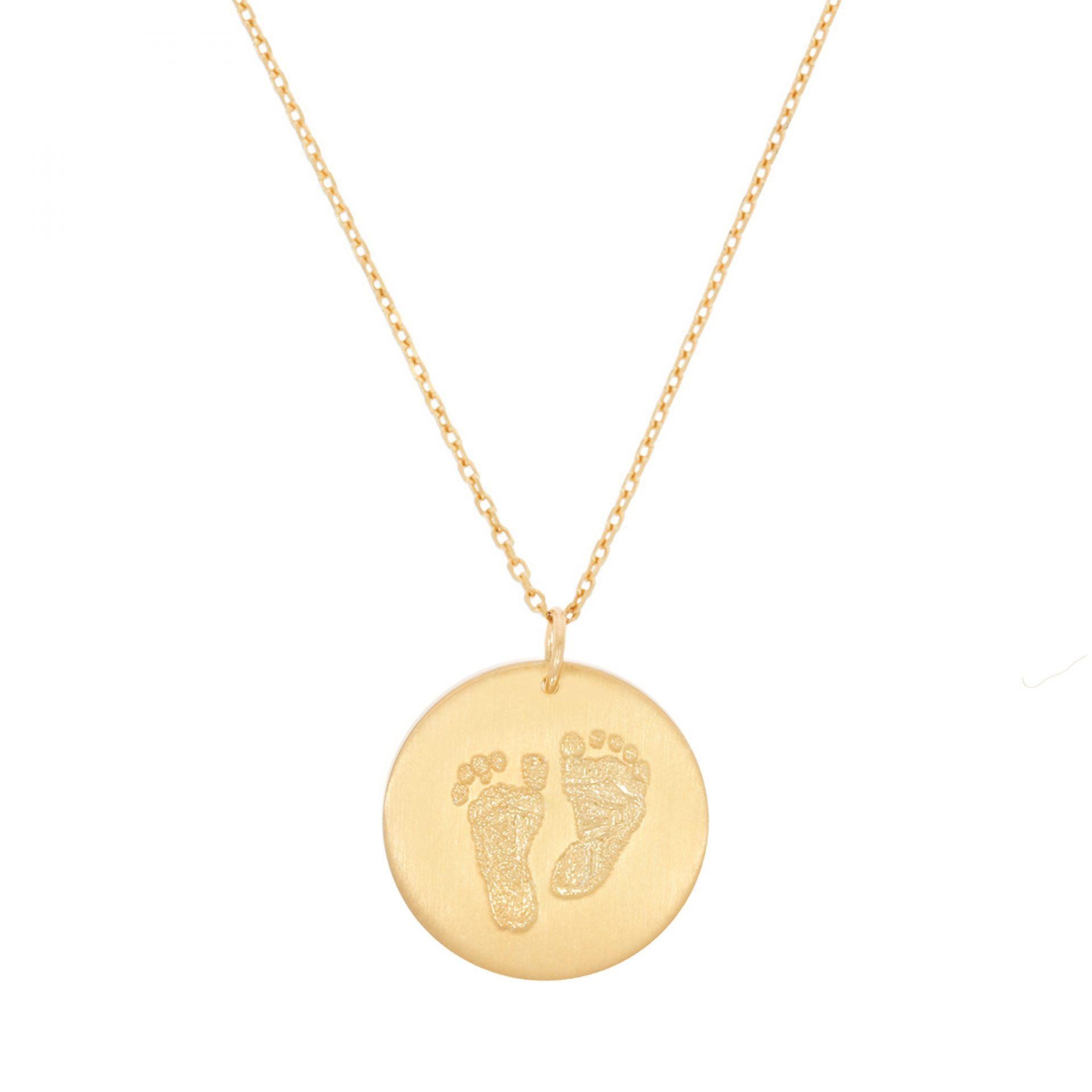 Halskette mit Babyfüsschen Gravur personalisiert