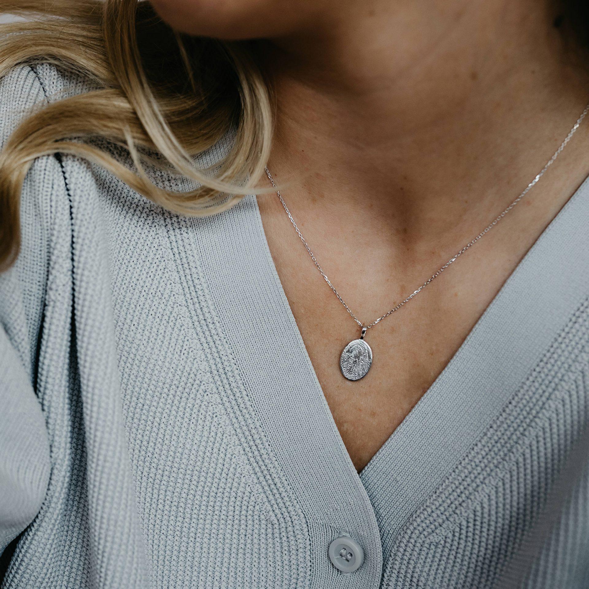 Halskette für Frau in Weissgold mit Fingerabdruck