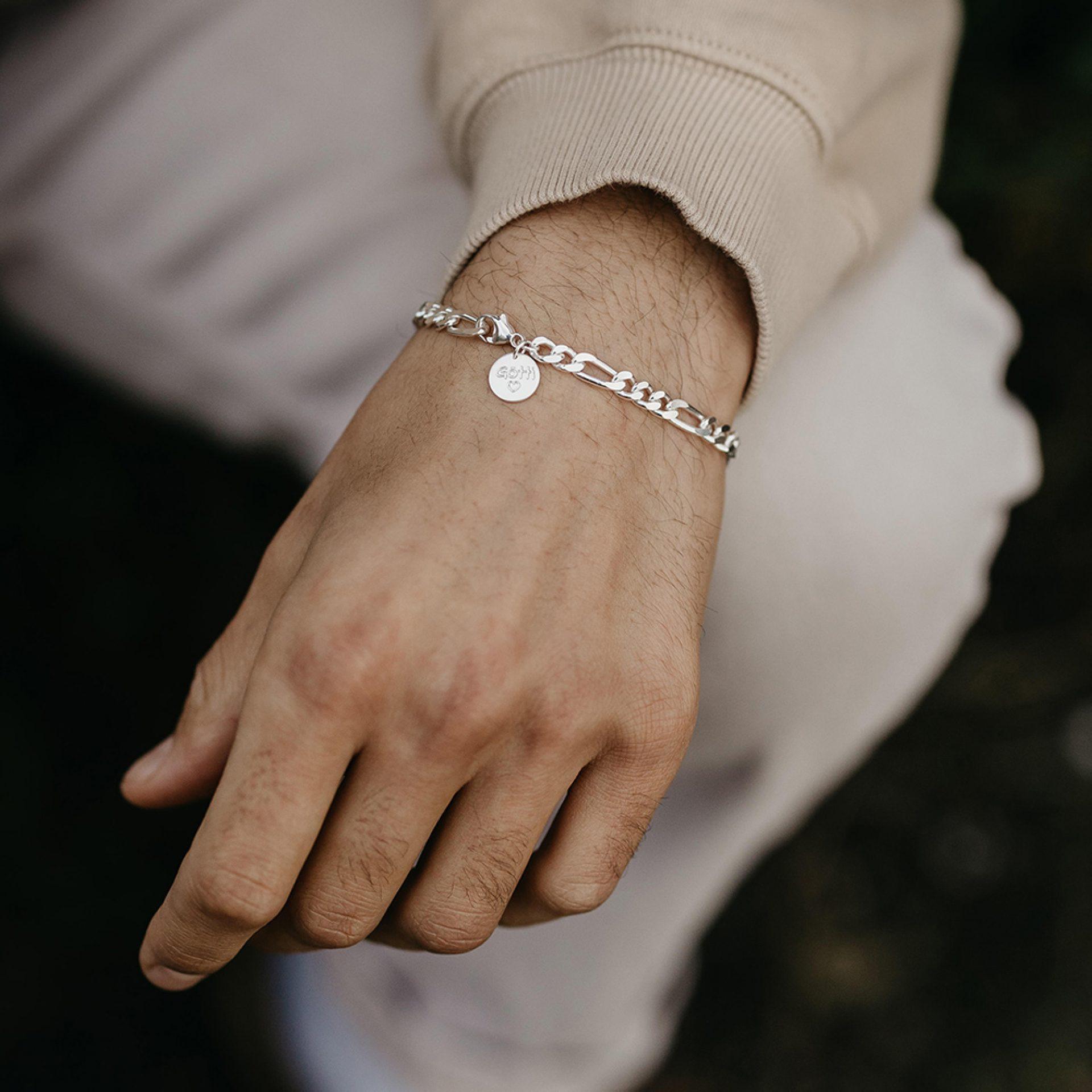 Personalisierte Armkette für Herren aus Silber mit Gravur
