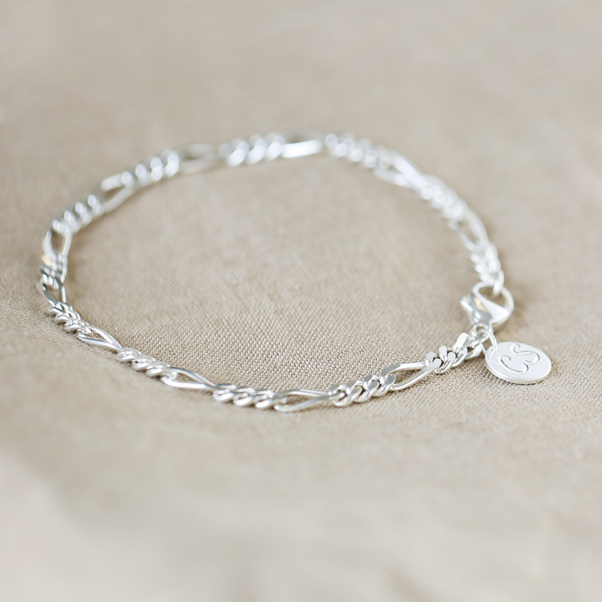 Figaro Armkette Silber personalisiert Gravur